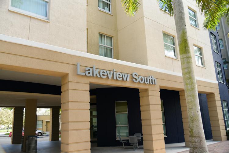 Fiu Calendar Spring 2022.Apply Today Housing And Residential Life Florida International University